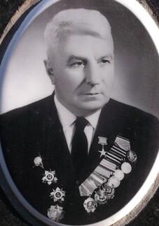 Иван Нилович Околелов