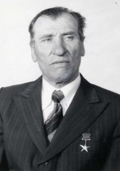 15 апреля исполняется 90 лет со дня рождения Буянова Николая Герасимовича - Героя Социалистического Труда