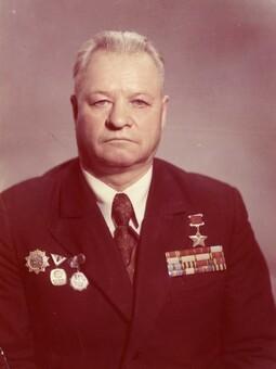17 мая исполняется 95 лет со дня рождения Вдовенко Михаила Николаевича – Героя Советского Союза